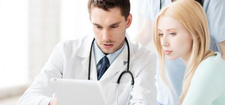 Kiedy udać się do lekarza z bólem kręgosłupa?