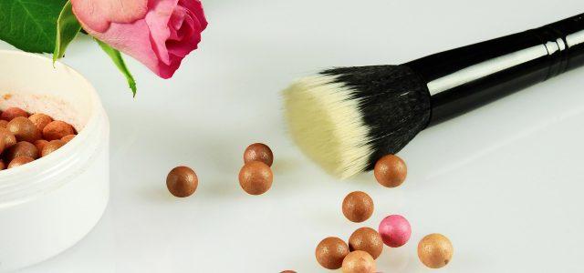Makijaż dla skóry tłustej oraz mieszanej