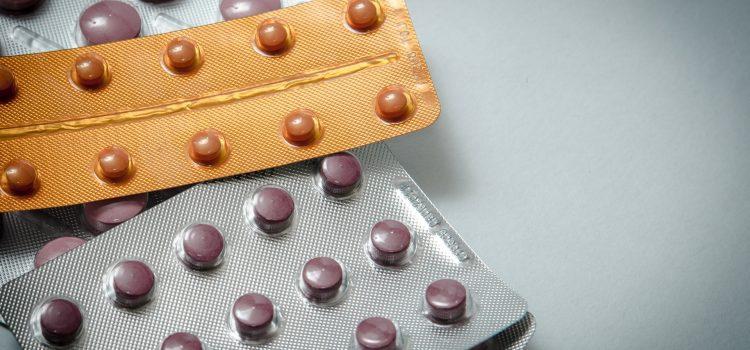 Kiedy warto kupić tańsze odpowiedniki leków?