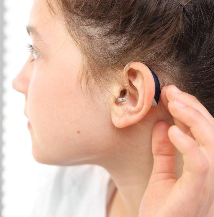 Aparat słuchowy – wady i zalety