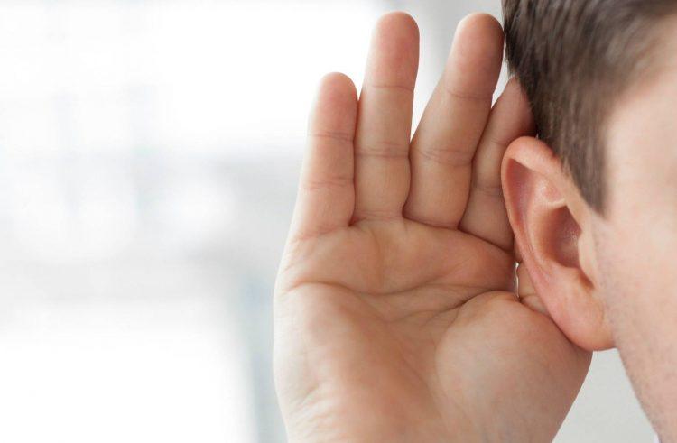 Czy warto stosować aparaty słuchowe?